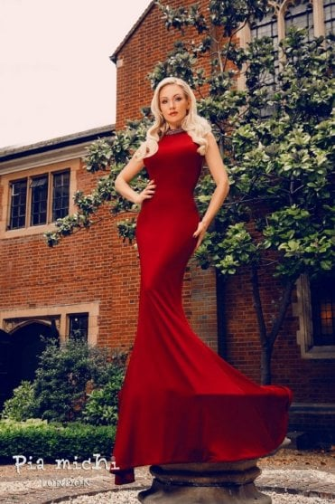 1801 Jewelled Neckline Fitted Gown By Kristina Rihanoff