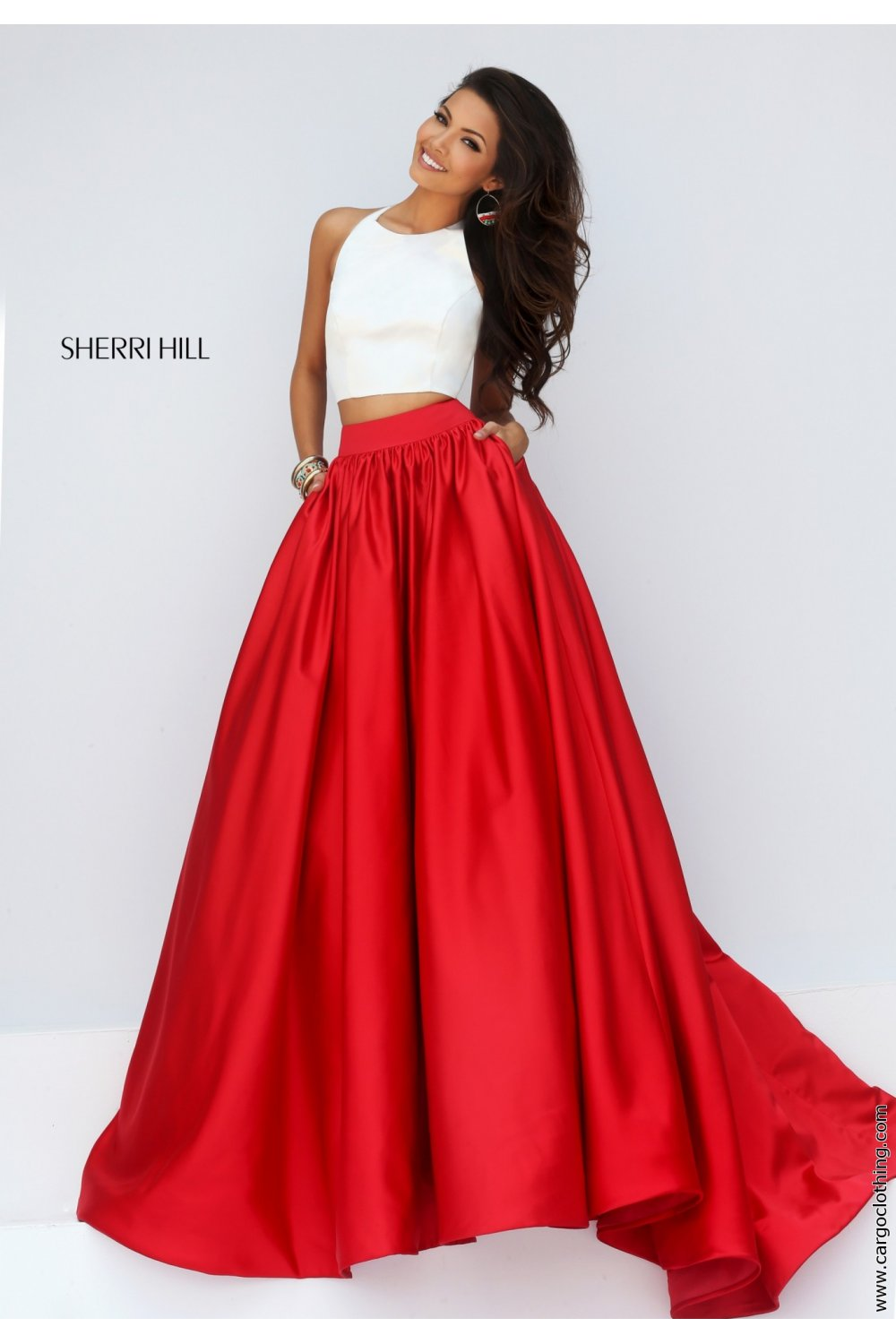 Sherri Hill 2 piece in contrast colours. The 50134 full skirted dress