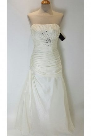 Pamela Ivory Strapless Wedding Dress